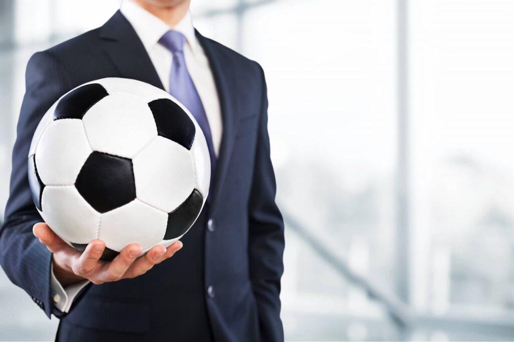 Futbolcu Menejeri Nasıl Olunur?